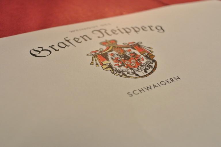 Das Wappen der Grafen Neipperg.