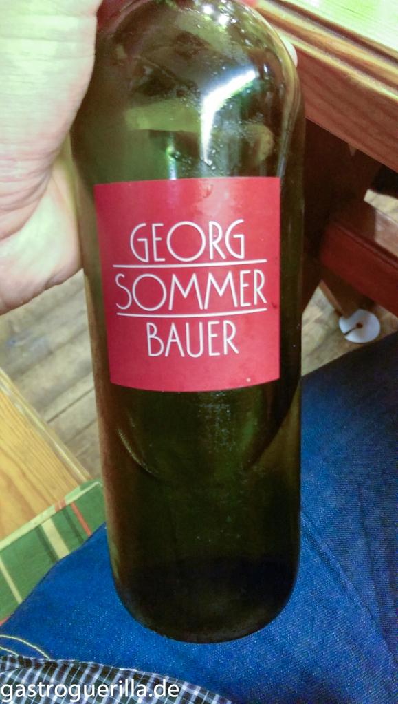 Flaschendesign des Weinguts Georg Somemrbauer.