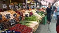 Gemüsestand auf dem Naschmarkt